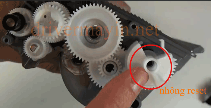Cách Reset Mực máy in Brother MFC 8460 Bước 2